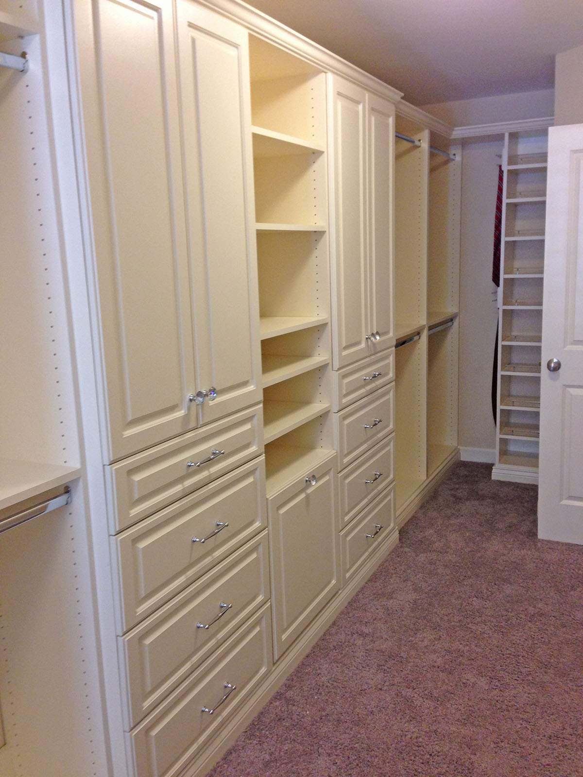 Perfect Custom Closet Design ...