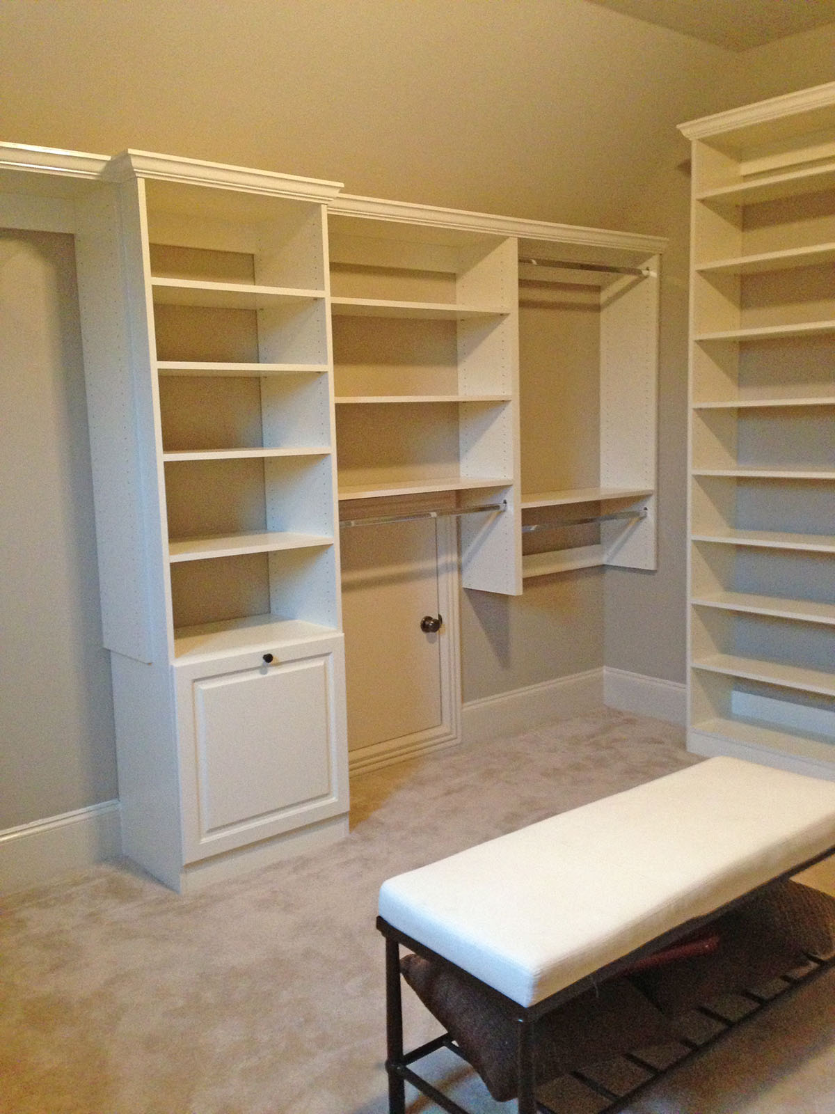 custom vaulted closets