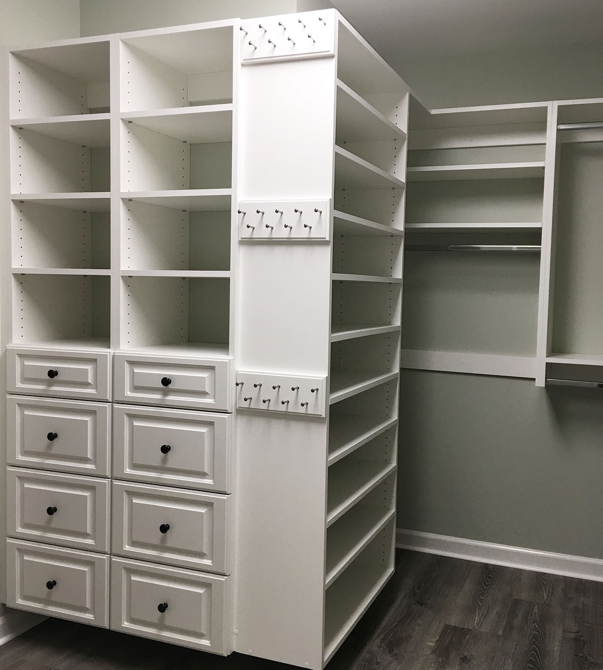 custom closet cubbies