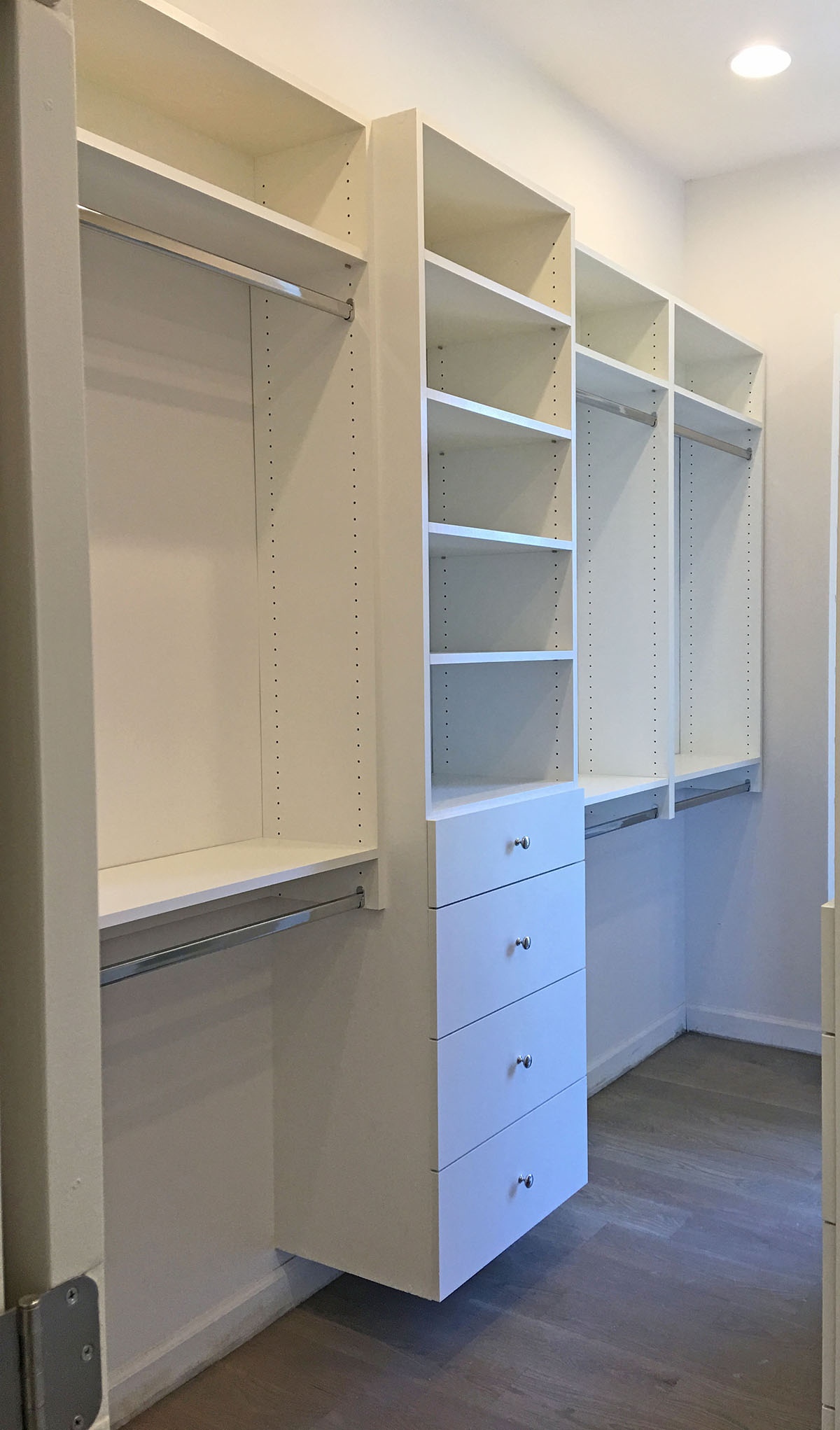 custom closet in white